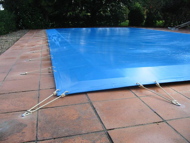 Pour ma famille bache piscine sur mesure devis for Bache filet hivernage piscine