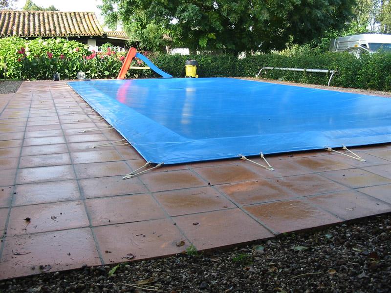 Hivernage piscine sans bache nouveaux mod les de maison for Hivernage piscine