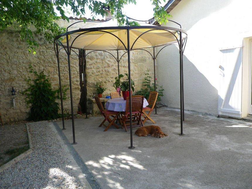 bache cr ation vente en ligne de bache tonnelle hexagonale suspendue sur mesure. Black Bedroom Furniture Sets. Home Design Ideas